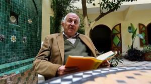 El Premio Cervantes Juan Goytisolo en su casa de Marraquech